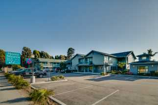 Morro Shores Inn & Suites - Located off of Highway 1 in Morro Bay