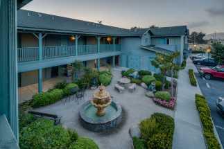 Morro Shores Inn & Suites - Dusk at Morro Shores Inn & Suites
