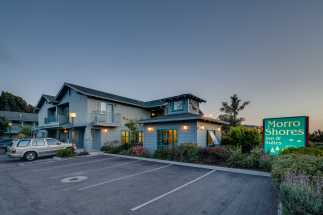 Morro Shores Inn & Suites - Located only one block from The Ocean