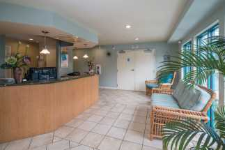 Morro Shores Inn & Suites - Our 24 hour front desk is here to make your stay memorable