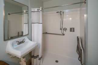 Morro Shores Inn Guest Rooms - Handicap Shower
