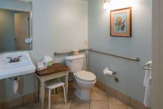 Morro Shores Inn Guest Rooms - Handicap Bathroom
